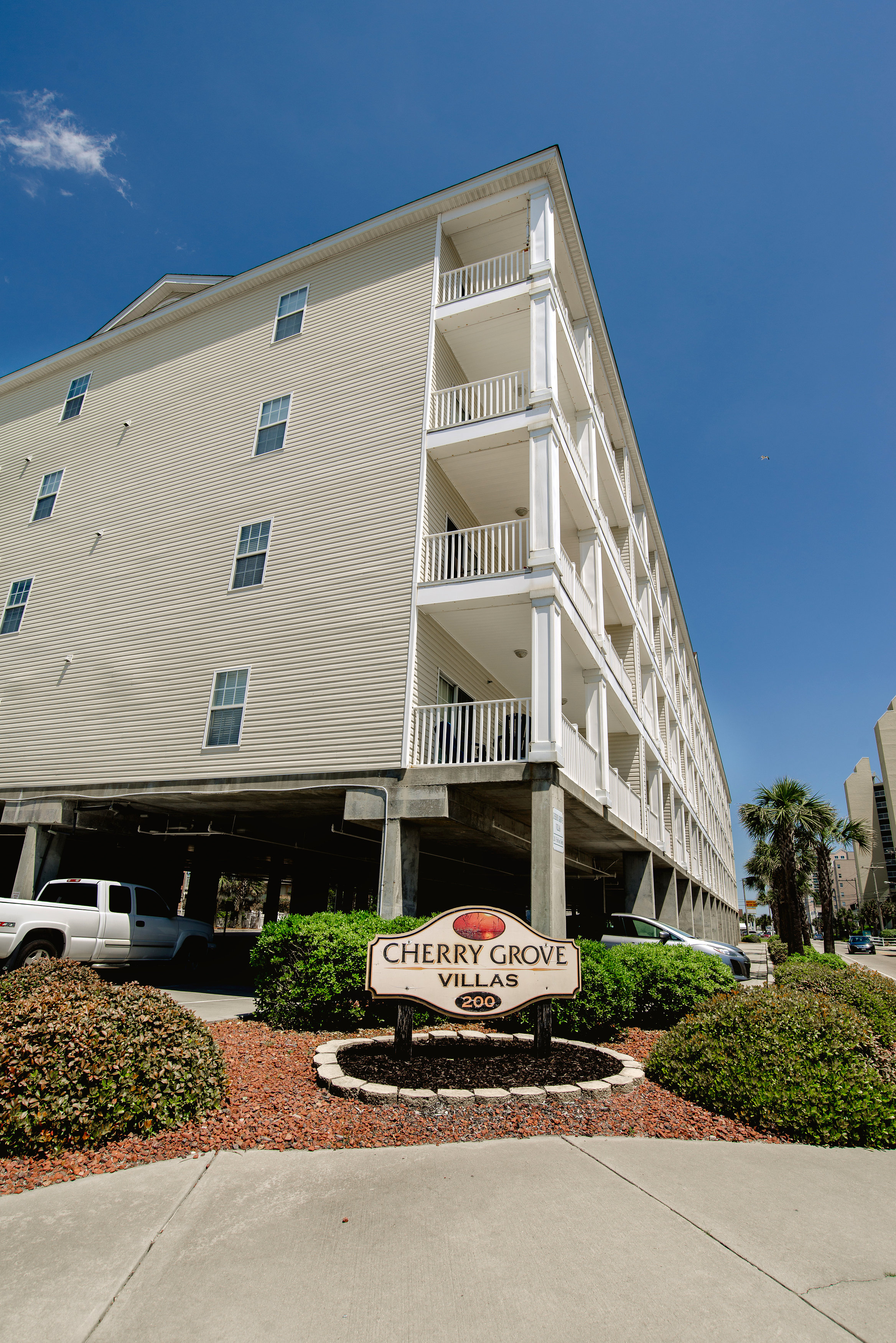 Cherry Grove Villas Large Vacation Rentals  North Myrtle